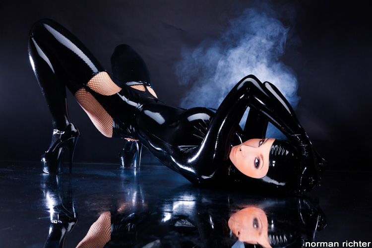 Artistic Norman Richter Professional Latex Glamour